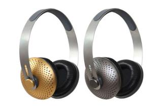 Piquing our geek – Recyclable cornstarch headphones