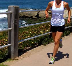 3 fantastic apps for runners. (Just in time for short skirt season!)
