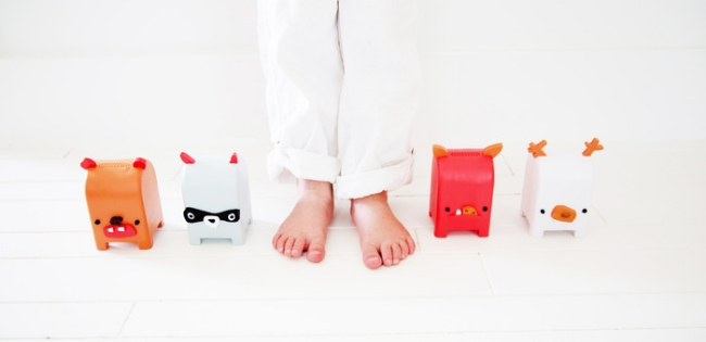 Toymail Mailmen – The cutest of all options before kids are ready for their own cell phones.
