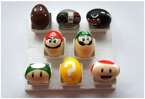 Web Coolness: Geeky Easter eggs, Minecraft 101, Google's big leak, and LEGO Star Trek