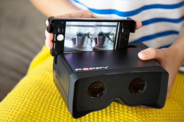 Poppy 3D iPhone camera: Turn your iPhone into a new school View-Master