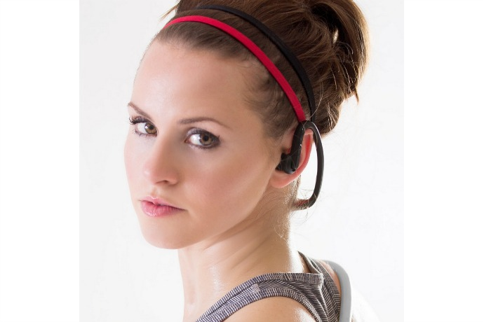 The EDGE wireless headset by Red Fox: Turn that fitness resolution into reality