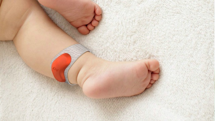 3 of the smartest wearable baby monitors that you won't believe. Turns out the future is now after all.