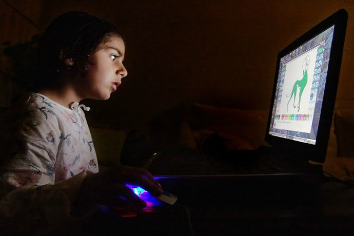 Easy Internet safety tips for parents from an expert that you can start using right now