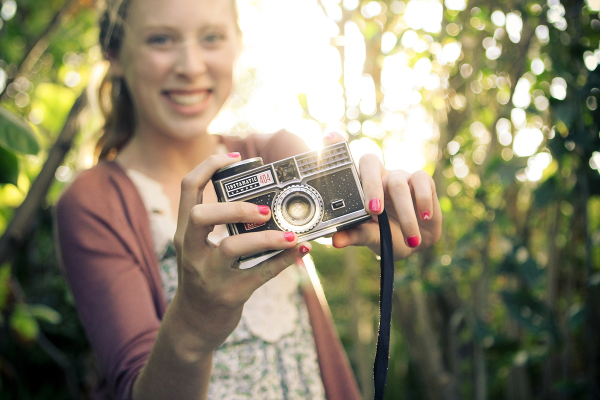 5 terrific pro photography tips for kids who want to get beyond selfies. (And you can learn from them, too!)