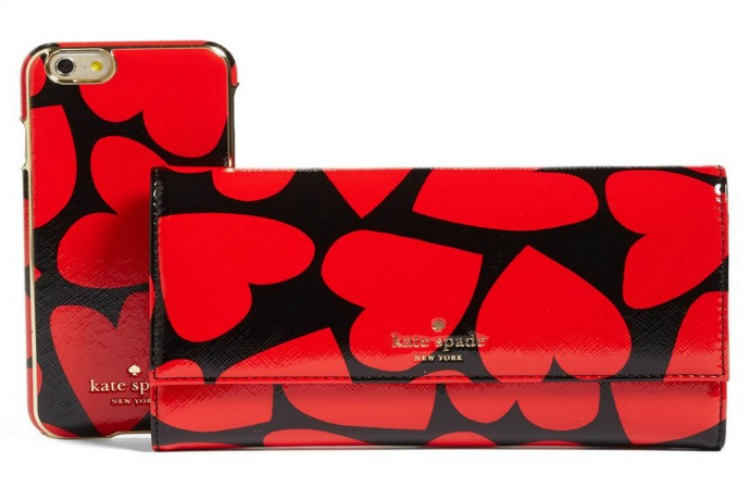 5 fabulous Valentine's Day tech accessories you can get at Nordstrom. Drool.