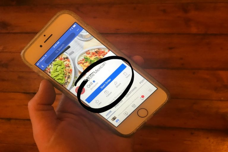 Here's how to order food on Facebook. Yes, you can do that now.
