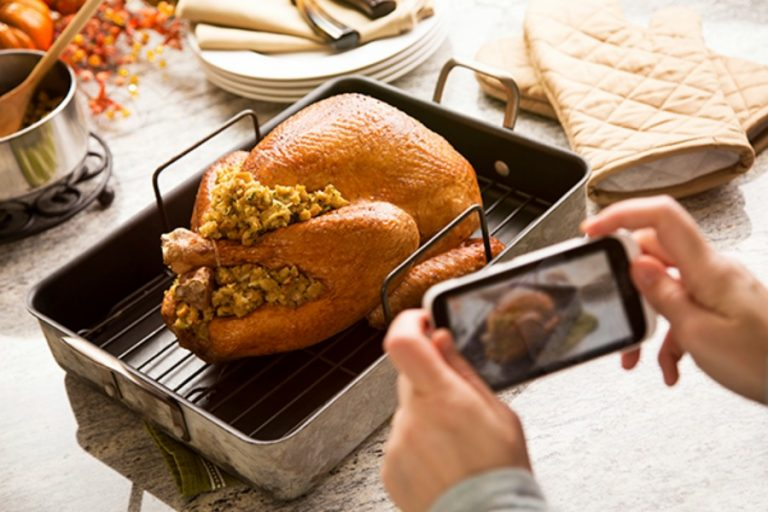 Web coolness: The best food apps for Thanksgiving, towels go tech, and more!