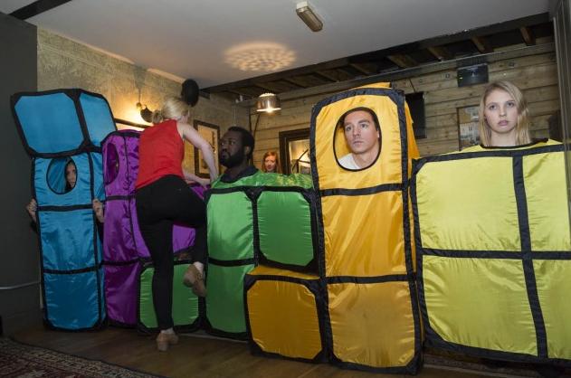 Web Coolness: Tetris Halloween costume, #hashtag video, and iOS7 complaints