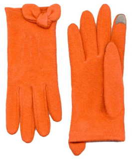 Stylish gloves your favorite techie will love