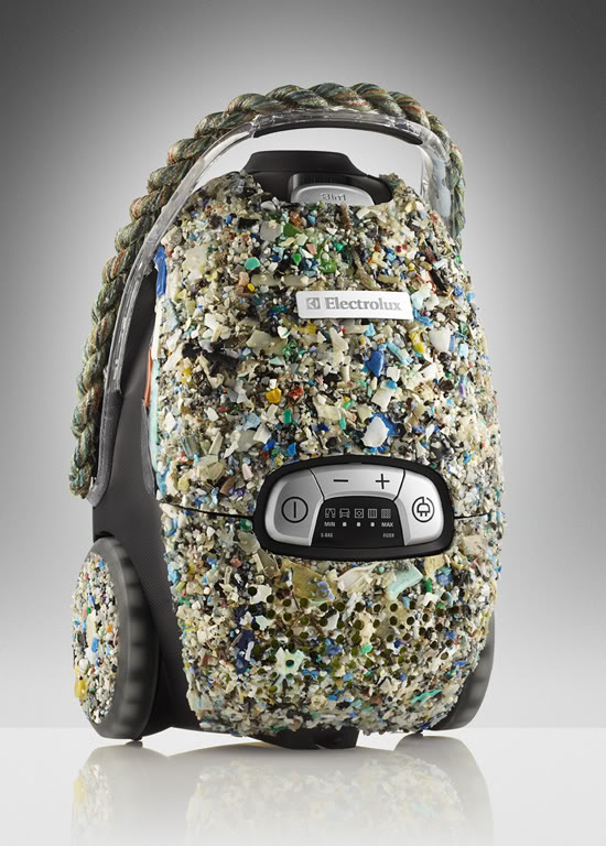 Piquing Our Geek: Vacuums from Electrolux that save the world one ocean at at time