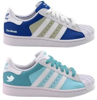 Piquing Our Geek: Twitter and Facebook Shoes