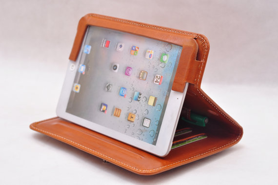 A Father's Day tech gift for the dad whose iPad is his office
