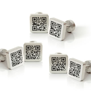QR Code cufflinks are 2011's secret love letter