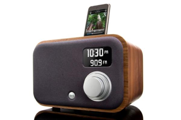 Vers 1.5R radio and sound system | Cool Mom Picks