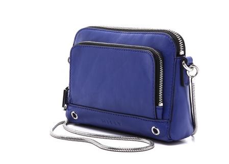 Milly Crossbody Tech Bag | Cool Mom Tech