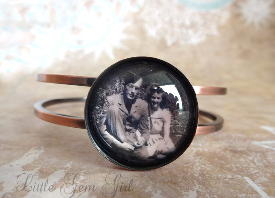 Custom Photo Bracelet   cool mom tech