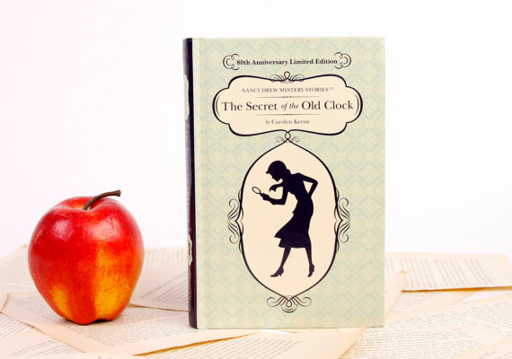 eReader cover that look like Nancy Drew book at Chick-Lit Designs