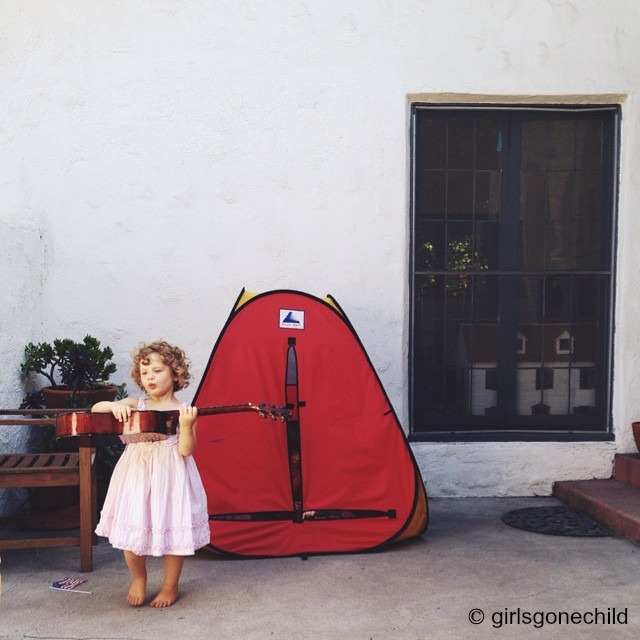 How to get best Instagram shots of kids: Vary your perspective | © girlsgonechild