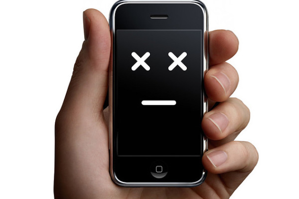 How to be prepared if your smart phone battery dies | Cool Mom Tech