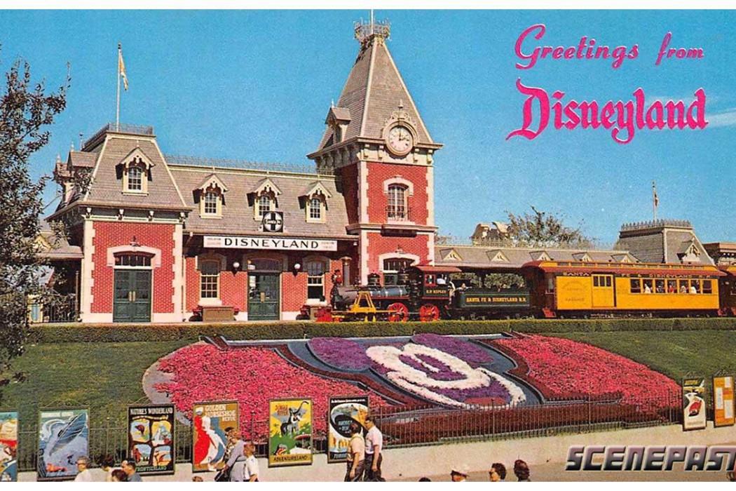 Disneyland postcard on ScenePast app| Cool Mom Tech