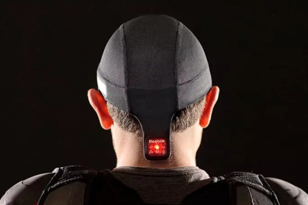 Reebok Checklight keeps your kids' heads safe on the sports field