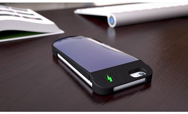 Awesome Indiegogo campaign features the Juse solar-powered mobile charging case