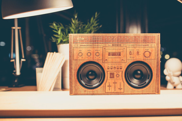 The Wooden Boombox: Actually a Bluetooth speaker