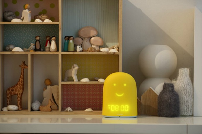 Cool high-tech baby gifts: Remi Sleep Tracker and Nightlight