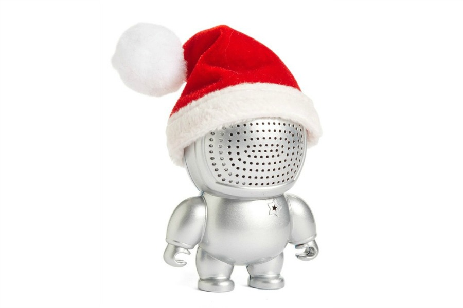 28 seriously cool tech stocking stuffers for everyone on your list | Holiday Tech Guide 2016
