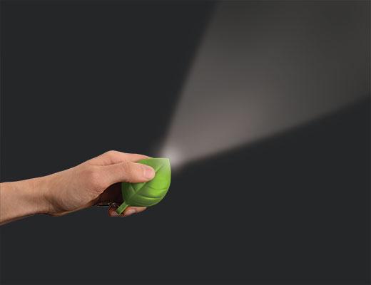i-44065ac69a15e040ed645b4d0bee0efe-leaf-solar-flashlight_zps6164c23b.jpg