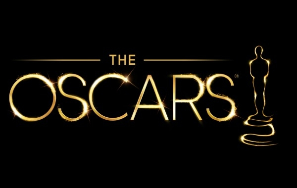 Oscars online resources: Live backstage feeds, red carpet interviews, celebrities on Twitter, and more.