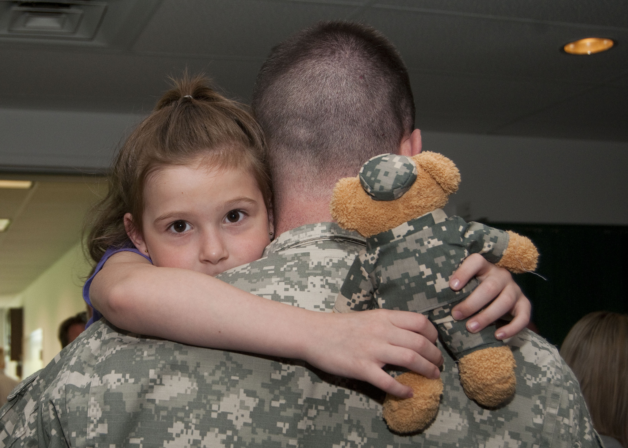 4 easy ways to support our troops this memorial day, thanks to tech