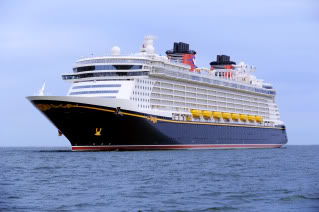 The Disney Dream Cruise 5 top tech features. (What, you were expecting animatronic presidents?)