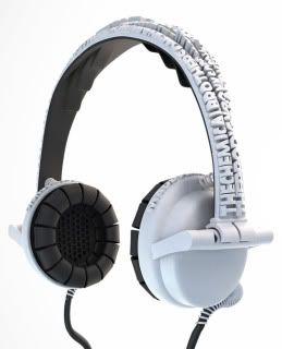 Piquing Our Geek: Custom Headphones for Lyric Freaks