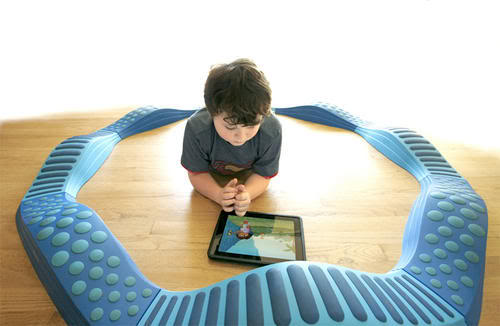 Web Coolness: Autism therapy, digital textbooks, and new old desks