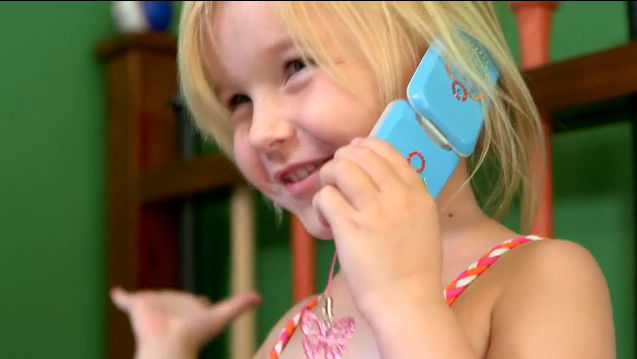 Piquing our Geek – A safe cell phone for kids. For real.