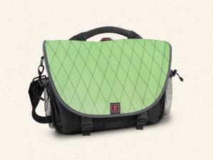Design your own laptop bag at Rickshaw