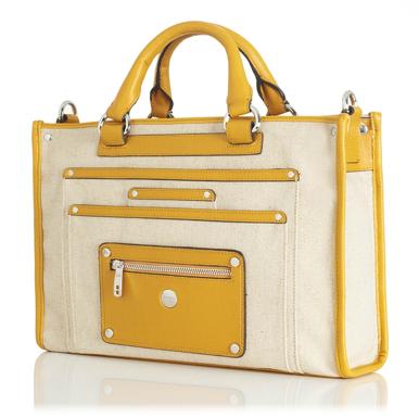 A gorgeous laptop case in linen. Yes, linen.