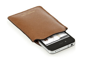 An iPhone case for dad: awesome Father's Day gift if it's anything like this one.