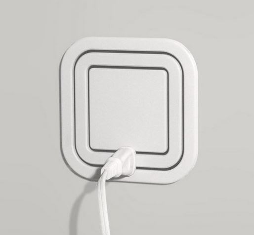 Piquing Our Geek: The smartest power outlet. Ever.