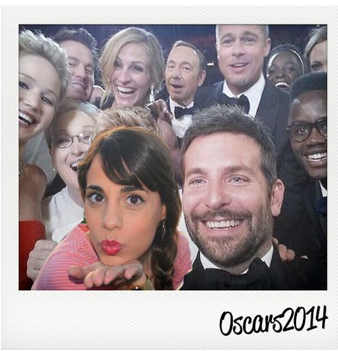 DIY Ellen Oscars Selfie - saramreis | Cool Mom Tech