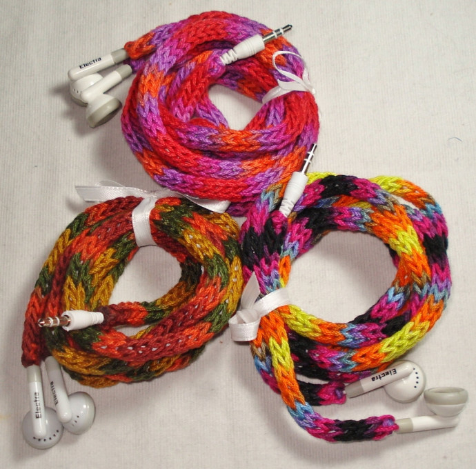 How to fix earbud tangles? Yarn bomb them!
