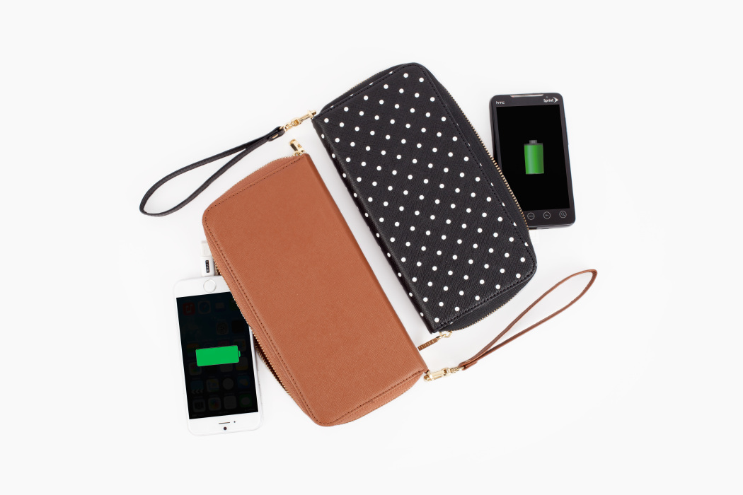 Stylish tech gifts for women: Power wallet phone charger