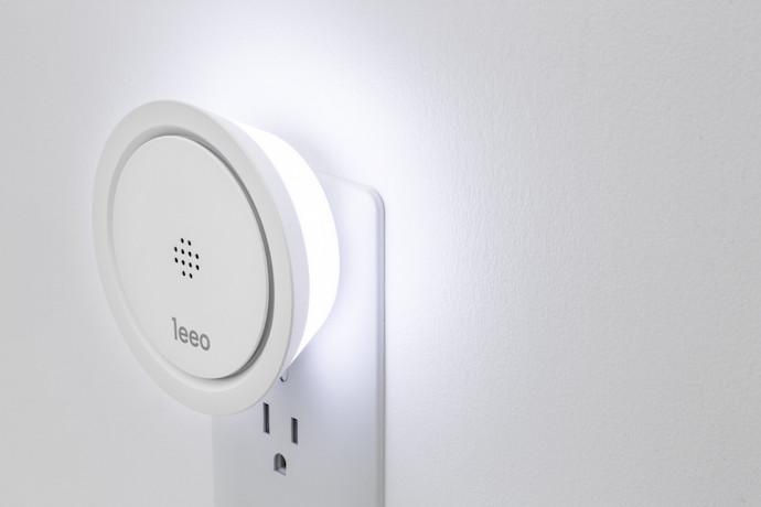 Leeo: The new smart nightlight that monitors your smoke detectors too