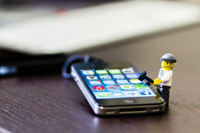 e1c3141c199 Smartphone addiction  5 things I learned when I put away my phone around my  kids for a week
