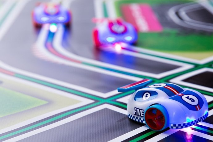 Cannybots: An exciting new tech toy that goes so far beyond car racing, you won't believe it.