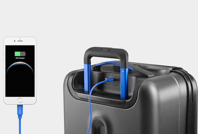 Smart luggage from Bluesmart can change the travel game. (Which is different than the game of Are We There Yet.)