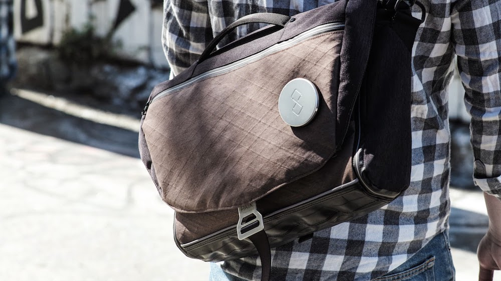 Best laptop bags for teens that will last: The new Mexxenger bag from Paix has some remarkable features!