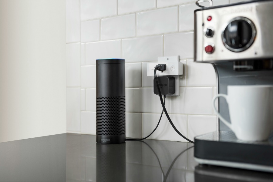 The Wemo Mini smart plug is like having an extra set of hands | Sponsor | Cool Mom Tech